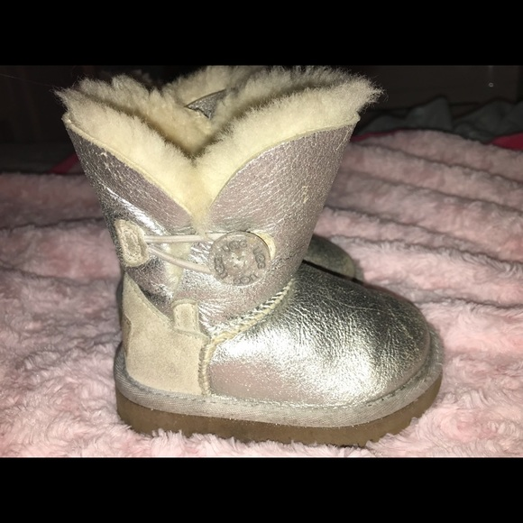a70093a59aa Gently Used. Genuine Sheep. Toddler Glitter Uggs.